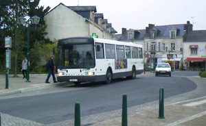 bus-tan-w